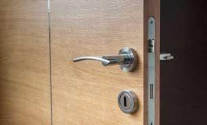 Dvere a zárubne